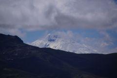 ..auch der Cotopaxi (Ecuador's zweit höchster Berg) schaut kurz hervor..