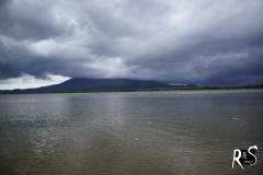 Vulcán Maderas in Wolken gehüllt