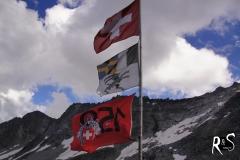 gerade die Kantonsgrenze überschritten: von Uri nach Graubünden