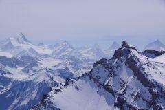 Vorne das Daubenhorn / Hinten: Weisshorn, Zinalrothorn, Obergabelhorn, Matterhorn und Dent Blanche