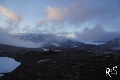 Wetterauflockerung am nächsten Morgen - wunderbare Nebelmeer über dem Lötschental