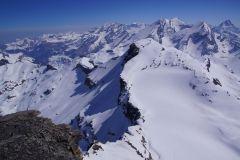 Auf dem Grossstrubel - Sicht runter auf's Steghorn