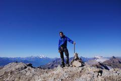 Peak reached! 3248m ü.M. Hinten links: der Mont Blanc
