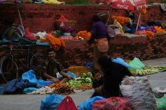 Gemüse- und Blumenmarkt auf dem Durbar Square