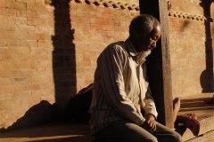 Von den Terrassen der Tempel hat man einen guten Ausblick auf die geschäftige Szenerie auf dem Durbar Square.
