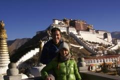 Am Tag vor Weihnachten unter dem Himmel von Lhasa, in Gedanken bei unseren Familien!