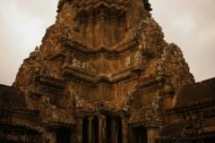 mittelster und grösster Turm Angkor Wats