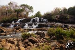 Wasserfall in Tat Lo