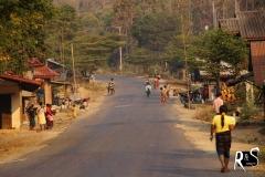 Dorf Phahom