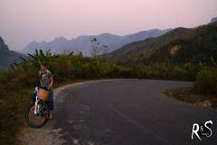 Im Aufstieg nach der Übernachtung im Dorf Namxa-Noy