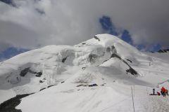 Das Allalinhorn - ein fast vollständig vergletscherter Berg