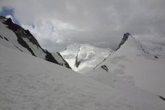 Sicht zum wunderbaren Rimpfischhorn (hinten Strahlhorn)
