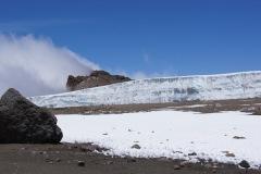 Furtwänglergletscher - das ist unsere Aussicht im Crater Camp