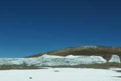 Pano des Furtwänglergletscher und im Hintergrund der Vulkanschlot des Kibo (Ash Pit)