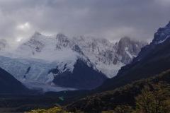 Glaciar Grande und die Torres in Wolken verhüllt!