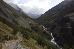Valle Ascencio (darin befinden sich Campamento Chilene und das höher gelegene Campamento Torres - unter Ziel)