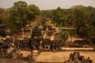 Man sieht hier auf die östliche 2. Ebene des Baphuon Tempels. Er war der Haupttempel der Hauptstadt Yasodhapura die später zum Reich Angkor Thom gehörte.