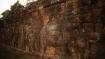 Die Elefantenterrassen geben Aufschluss über das Leben der Khmer. Scheinbar haben sie die Elefanten auch dazu benutzt, Krieg zu führen. Daneben schien es eine Art Elefantenpolo zu geben..