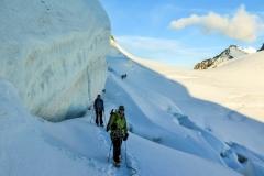 Imposante Traversierung der Gletscherschrunde und -Spalten