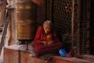 Gebetsmühlen werden von den Pilgern fast ständig in Bewegung gehalten...