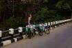 Erst gerade aufgestanden - kurz nach Abfahrt in Vang Vieng