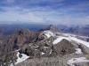 Der spitzige Gipfel ist das Oldenhorn, er vereint auf seinem Gipfel drei Kantonsgrenzen: Bern, Wallis und die Waadt