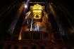 Der gigantische Buddha in der Meditationsgeste ist einer der grössten Buddha der Welt. Er hält eine Vase mit dem Unsterblichkeitsnektar in der Hand.