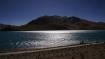 In zwei Monaten wird auch dieser riesige See zugefroren sein!!