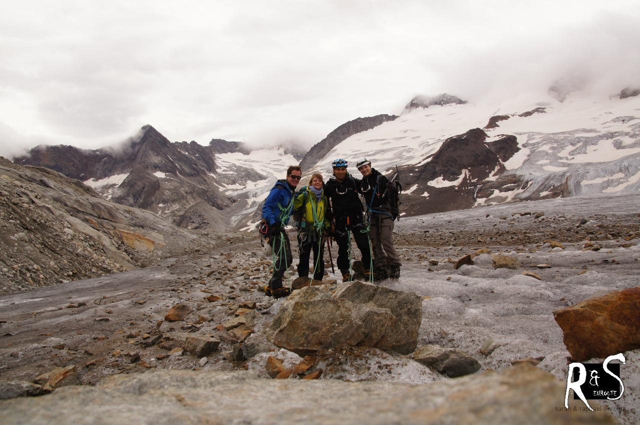 Gauligletscher-Foto statt Gipfelfoto auf dem Rosenhorn - dennoch sind wir an diesem Abend zufrieden zurückgekehrt!