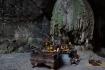 Die Parfümpagode ist Ort eines religiösen Festivals, welches Pilger aus ganz Vietnam anzieht.