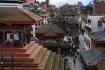 Der Durbar Square ist Kathmandu's historisches Herz - über 50 Pagoden und Tempel stehen auf engen Raum, dicht bedrängt von den modernen Gebäuden rundherum.