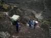 Abstieg ins Karanga Valley (die letzte Wasserquelle (aus flüssigem Wasser)).