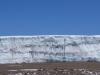 20 Meter hohe senkrechte Eiswand - Imposant