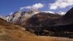 Bergkette, welche die Grenze zu Tibet bildet (Lajyung Mayol Himal)