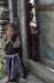 """""""Namaste"""" hörten wir beim Vorbeigehen zwei feine Kinderstimmen rufen, bevor sich das Tor vorsichtig einen Spalt öffnete."""