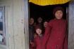 250 Mönche leben in diesem Kloster - diese Jungen stammen aus Bhutan, wie sie uns erzählten