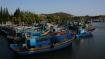 In Phan Tiet gegenüber liegen weitere Häfen. Die typisch vietnamesischen Fischer sind zu einem grossen Teil Trawler. Sie schleipfen die Netze hinterher und oft nutzen sie starke Flutlichter.