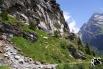 entlang der Flanken des Gross Ruchen geht's weiter ins Tal hinein...