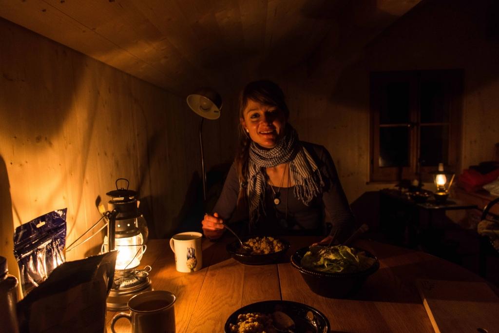 Gemütlichkeit und gutes Essen jeweils am Abend!