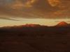 Sonnenuntergang - links Cerro Colorado - mitte Sairécabur 5980m ü.M. und rechts Lincacabur 5917m ü.M.