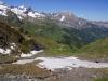 Rückblick nach ca. halben Aufstieg - erste Schneefelder müssen überwunden werden