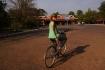 Rückkehr nach Angkor - hier geht's zum Ticketschalter und dann zum ersten Sonnenuntergang...