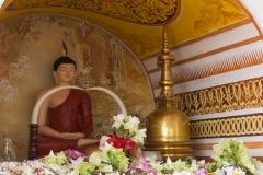 buddhistischer Opferschrein