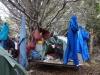 Materialpflege - vor allem das Zelt hatte dringend eine Auszeit nötig!! die paar Stunden am Baum hängend tat ihm auf alle Fälle gut...
