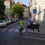 Am Morgen verlassen wir Wien durch den südlichen Hinterausgang..