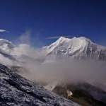 Bishorn und das überragende Weisshorn im Hintergrund