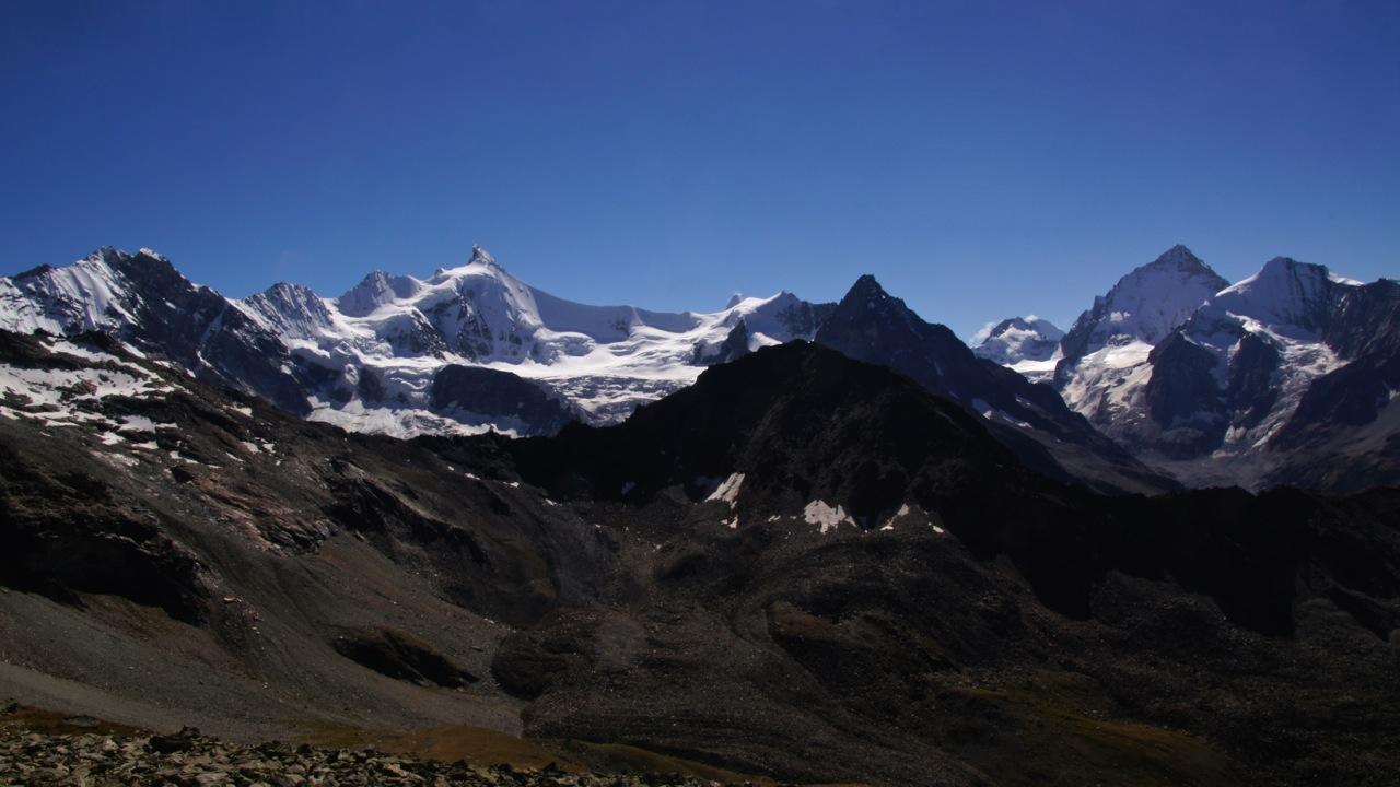 Ausblick von der Cabane de Tracuit