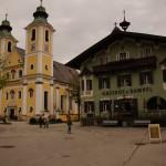 nach Zell am See gelangen wir nach Leogang und überfahren wieder einen Pass bei Hochfilzen, danach ins schöne Städtchen St. Johann im Tirol an.