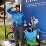 Auf dem Weg nach Innsbruck (110Km).. Trotz Regen vergeht uns der Spass nicht