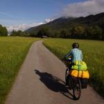 Jetzt geht's ins Tiroler Oberland, der Schweiz schon ganz nahe.. europäische Frühlingsgefühle kommen in dieser Umgebung auf!